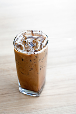 Cold Brew Almond Milk Latte